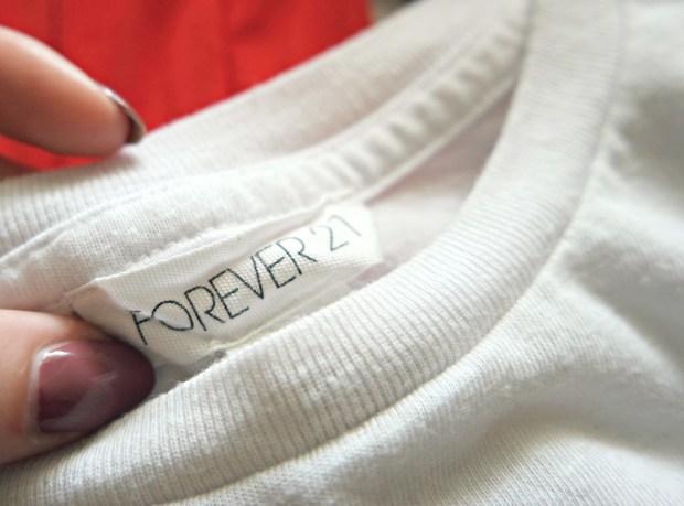 forever 21 white tee