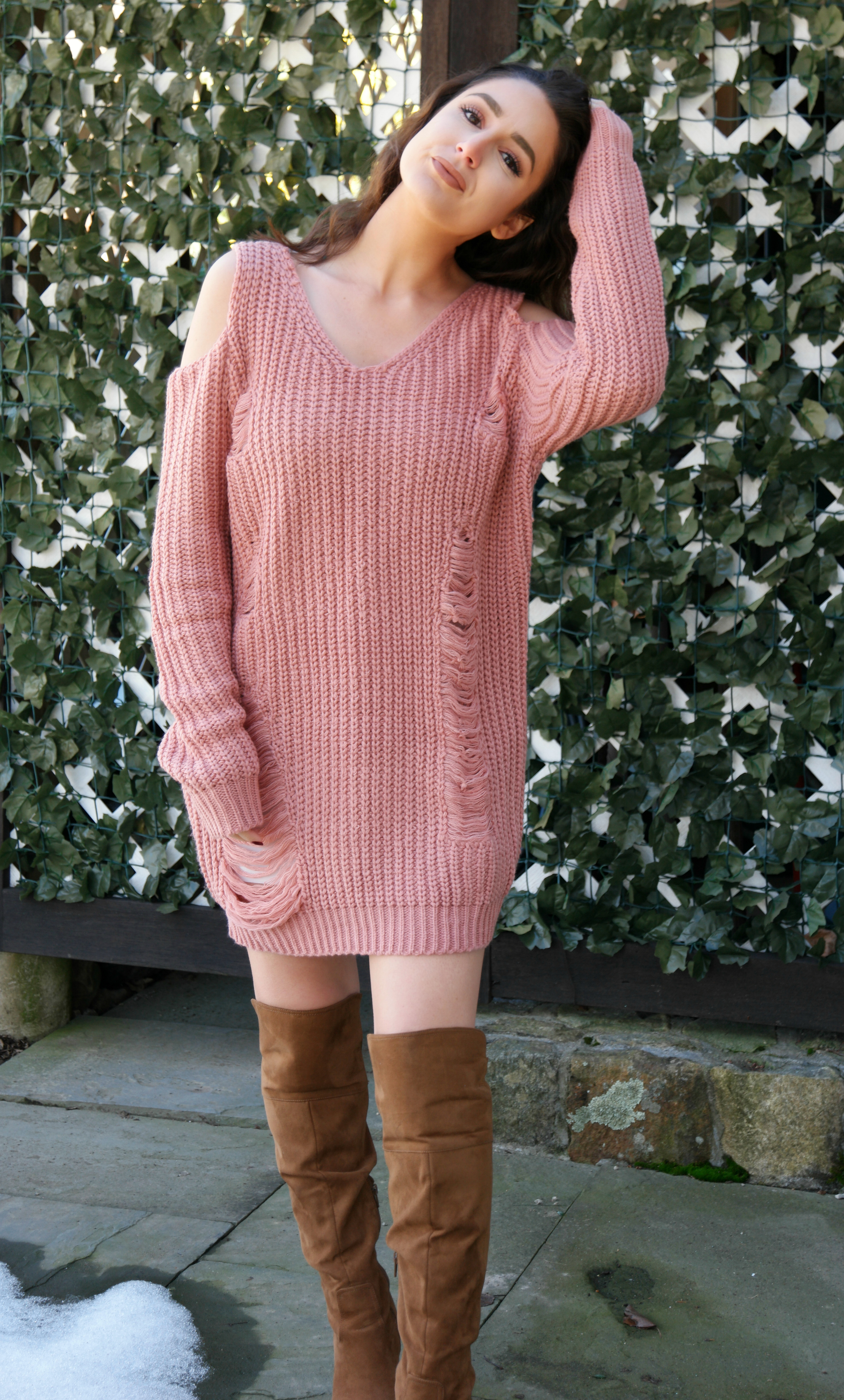 Trying The Trends | Oversized Sweater Dresses – Amanda Bella