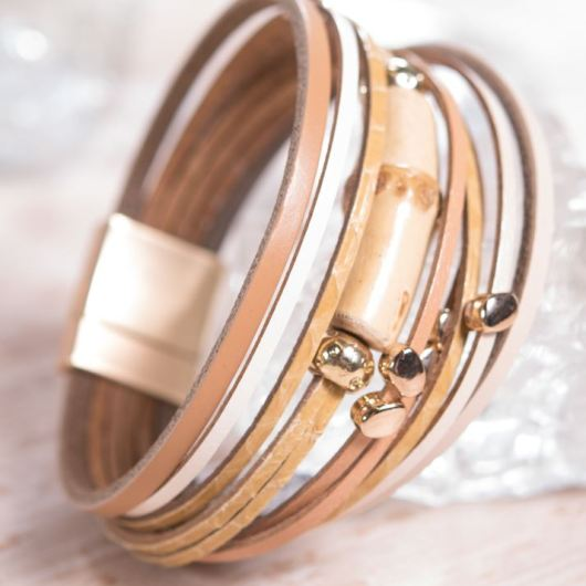 Leather Cuff Bracelet - Beige Stud