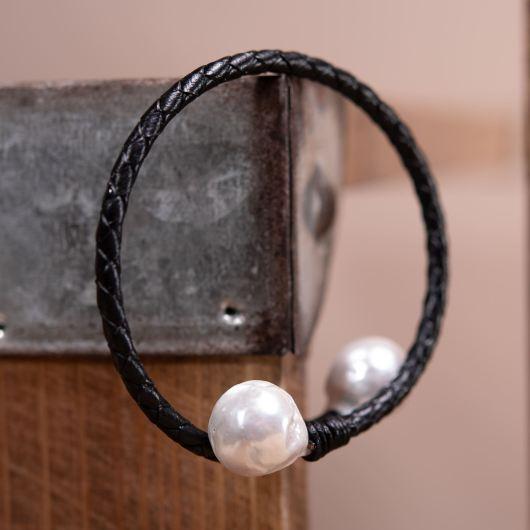 Baroque Pearl Spiral Leather Bracelet - BLACK
