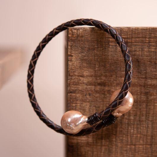 Baroque Pearl Spiral Leather Bracelet - BROWN