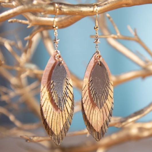 Three Leaf Leather Earrings - Mocha