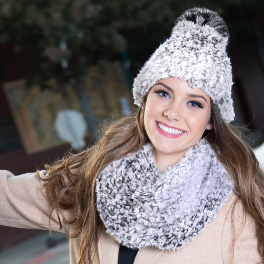 Whiteout Infinity Scarf - Gray