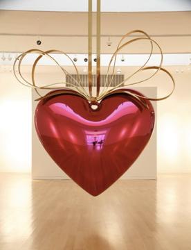 koons-hanging-heart