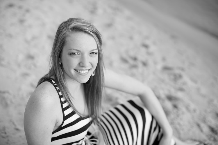 paige-virginia-beach-senior-portraits-168