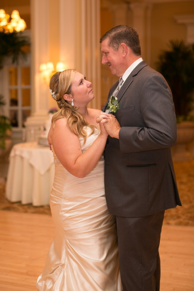 beth-evan-chamberlain-hotel-purple-wedding-501