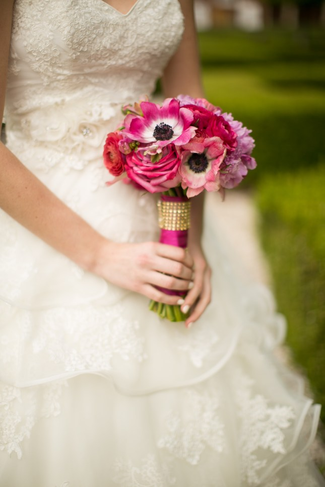 teal-pink-gold-founders-inn-styled-wedding-shoot-112