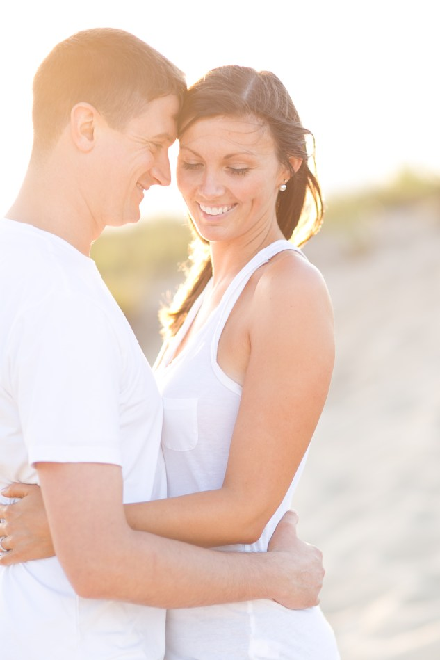 pink-blue-beach-engagement-photo-5