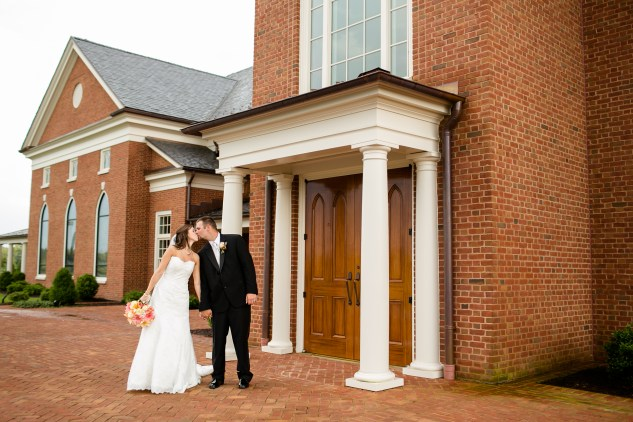 teal-coral-southampton-county-wedding-photographer-57