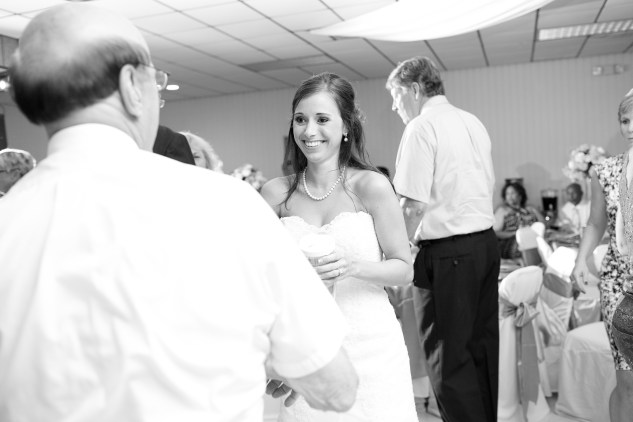 teal-coral-southampton-county-wedding-photographer-89