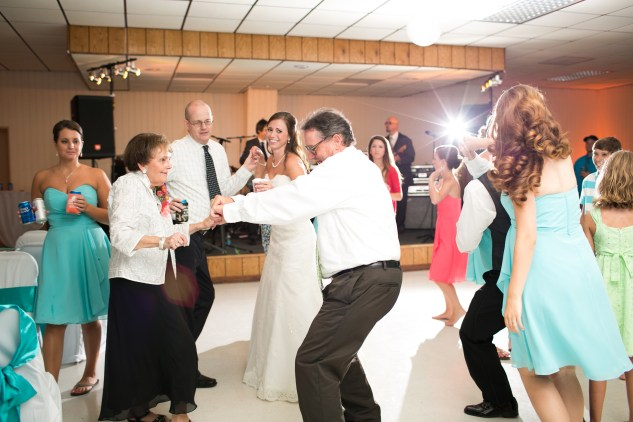 teal-coral-southampton-county-wedding-photographer-99