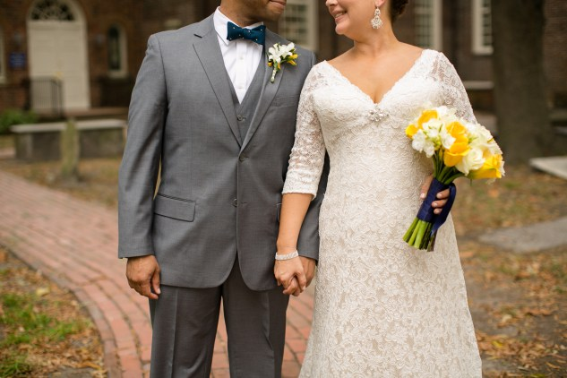 navy-yellow-yacht-club-wedding-norfolk-49