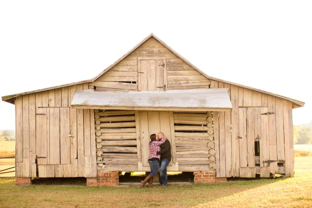 smithfield-southern-rustic-engagements-46