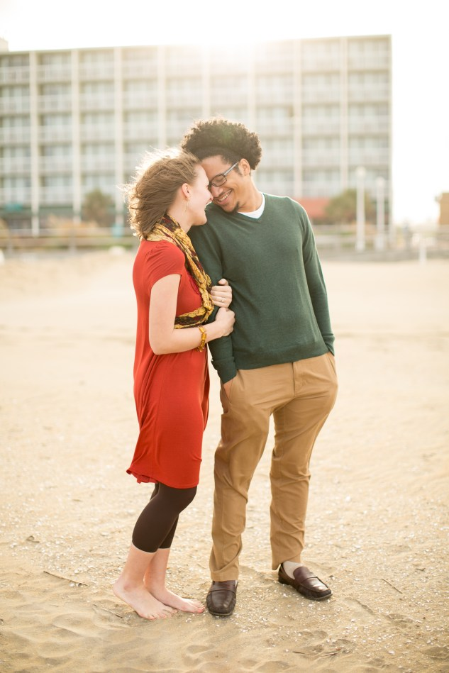 virginia-beach-engagement-photo-10