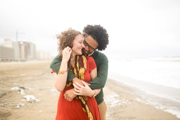 virginia-beach-engagement-photo-3