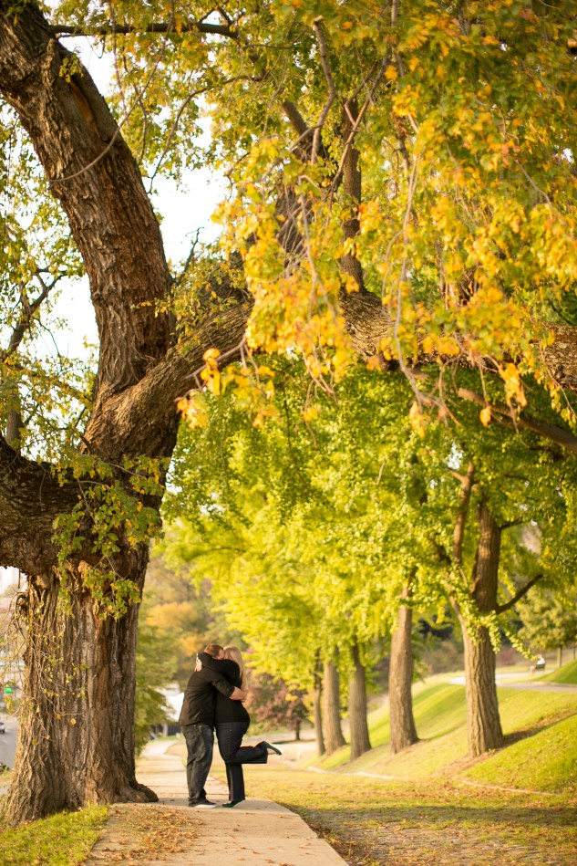 richmond-engagement-libby-hill-fall-32