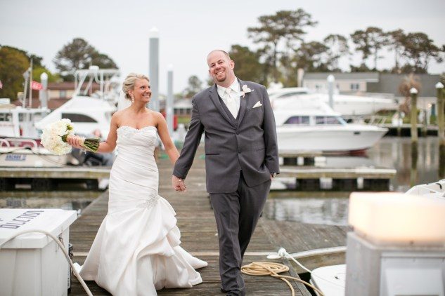 pink-aqua-virginia-beach-yacht-club-marina-shores-wedding-photographer-618