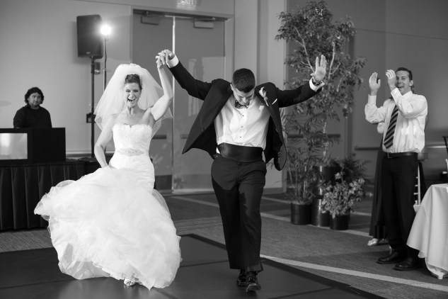 black-white-classic-virginia-beach-convention-center-wedding-106