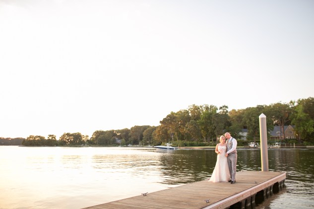 cavalier-golf-yacht-club-wedding-photo-amanda-hedgepeth-110