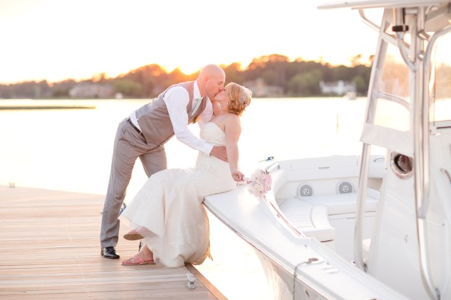 cavalier-golf-yacht-club-wedding-photo-amanda-hedgepeth-111
