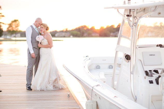 cavalier-golf-yacht-club-wedding-photo-amanda-hedgepeth-112