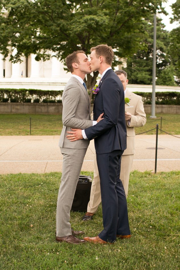 washington-dc-gay-wedding-jefferson-memorial-woodend-maryland-photo-2