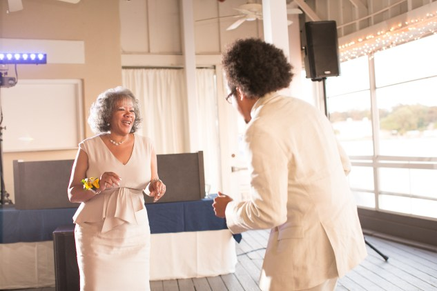 yellow-red-coastal-lesner-inn-wedding-virginia-beach-127