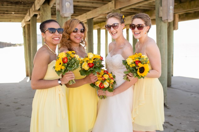 yellow-red-coastal-lesner-inn-wedding-virginia-beach-51