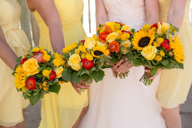 yellow-red-coastal-lesner-inn-wedding-virginia-beach-52