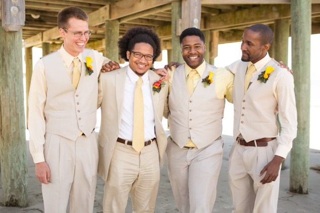 yellow-red-coastal-lesner-inn-wedding-virginia-beach-60