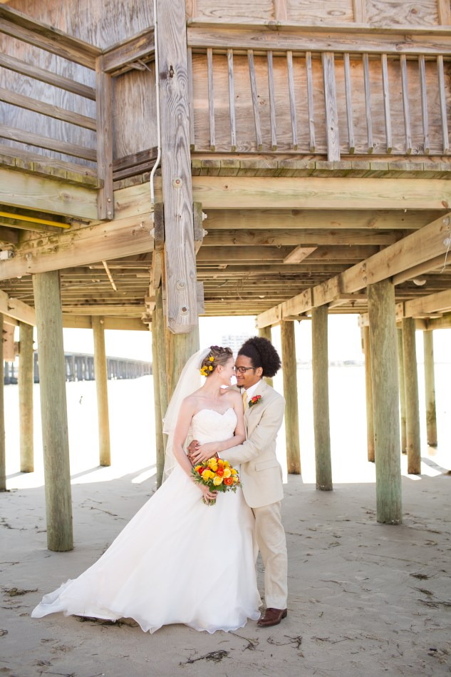 yellow-red-coastal-lesner-inn-wedding-virginia-beach-73