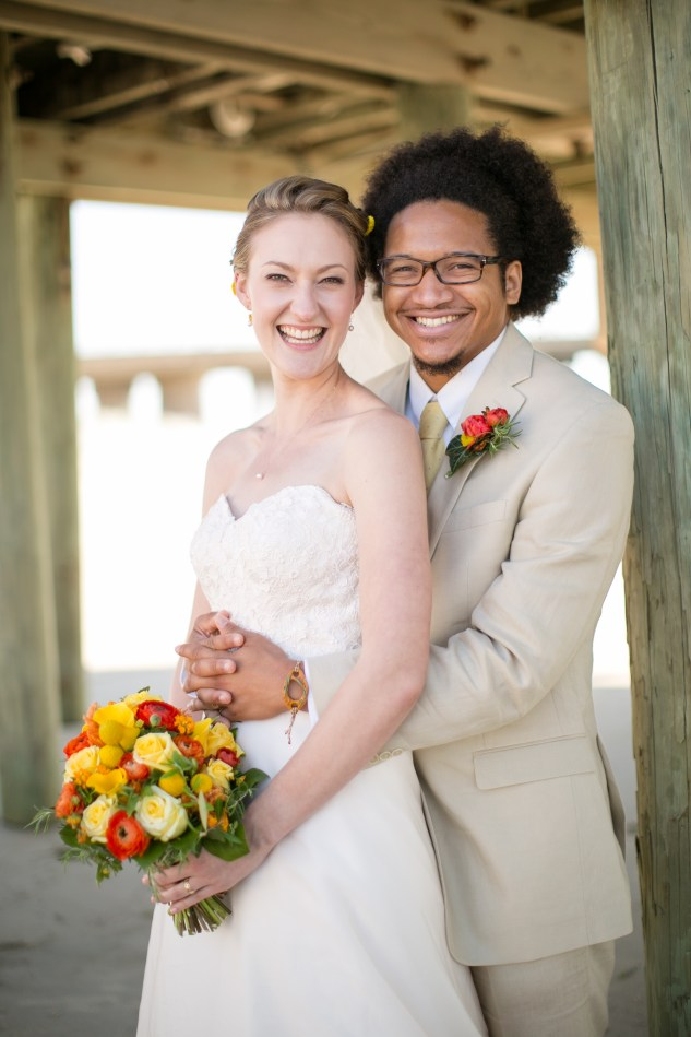 yellow-red-coastal-lesner-inn-wedding-virginia-beach-85
