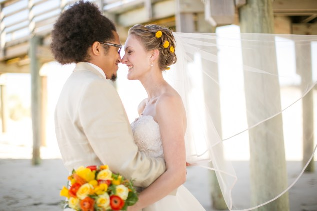 yellow-red-coastal-lesner-inn-wedding-virginia-beach-92