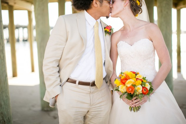 yellow-red-coastal-lesner-inn-wedding-virginia-beach-93