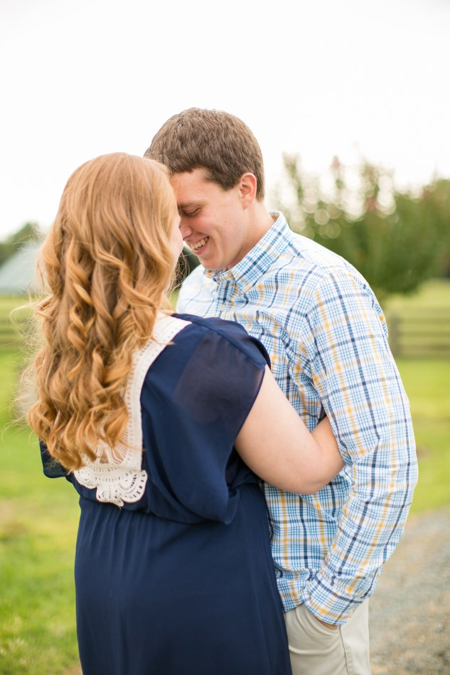 north-carolina-morning-glory-farm-engagement-wedding-photo-10