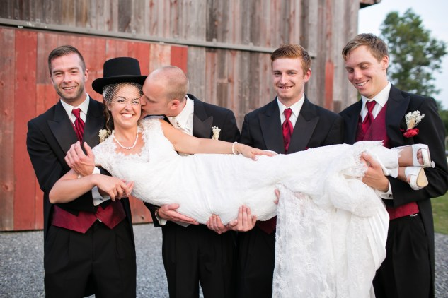 winery-bull-run-wedding-red-grey-photo-109