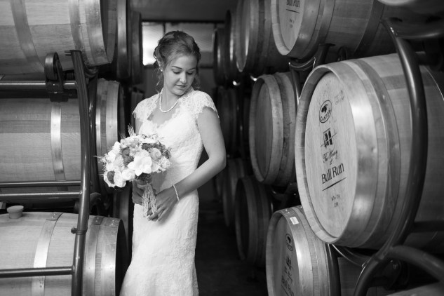 winery-bull-run-wedding-red-grey-photo-63