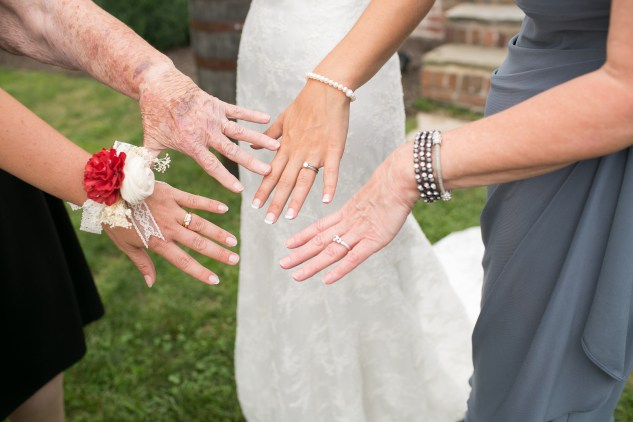 winery-bull-run-wedding-red-grey-photo-87