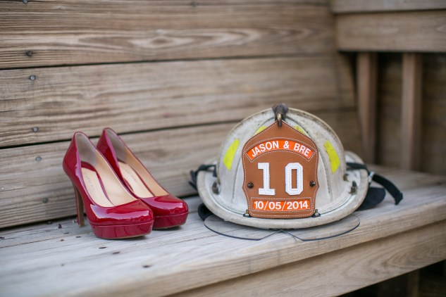 virginia-fall-firefighter-wedding-photo-22