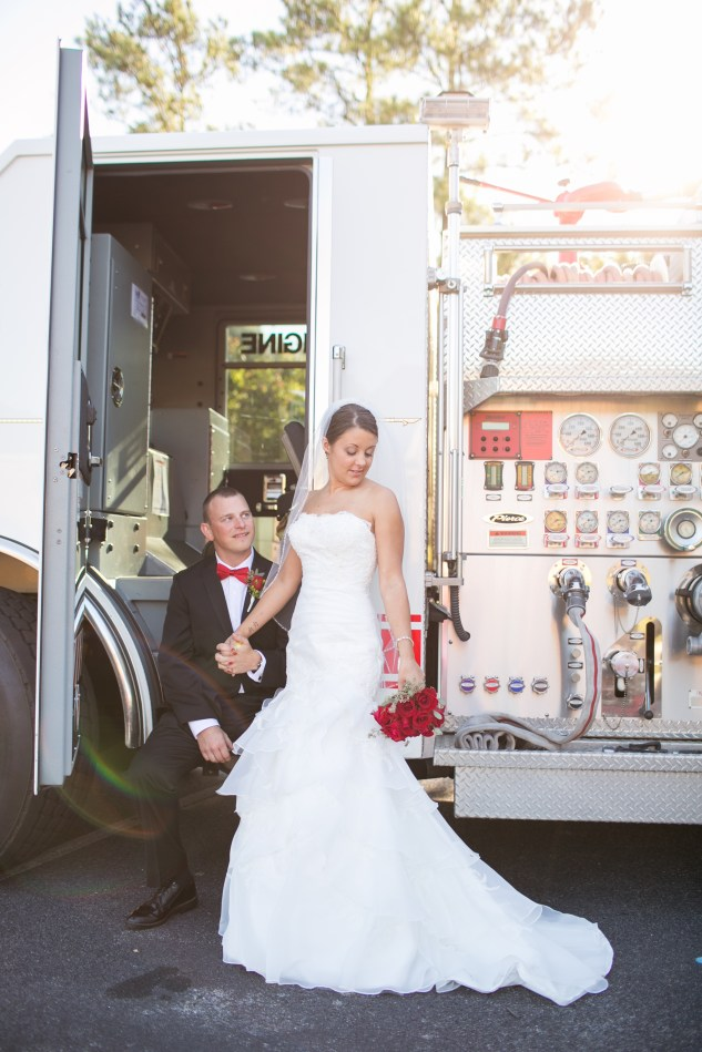 virginia-fall-firefighter-wedding-photo-49