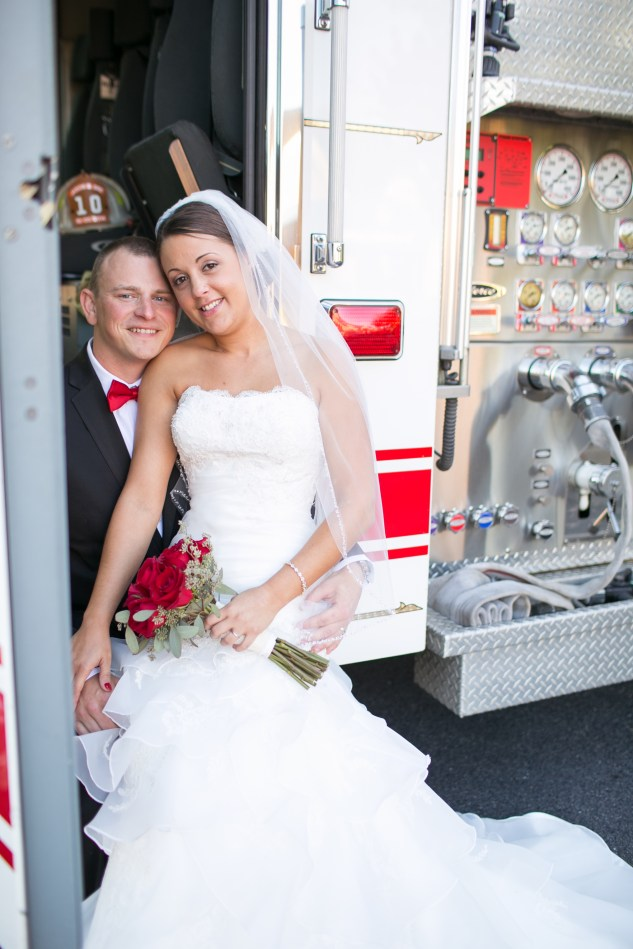 virginia-fall-firefighter-wedding-photo-53
