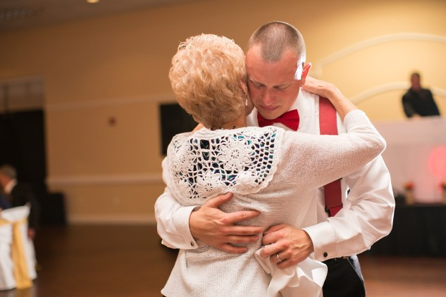 virginia-fall-firefighter-wedding-photo-97