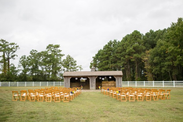 virginia-southern-fall-farm-wedding-photo-40