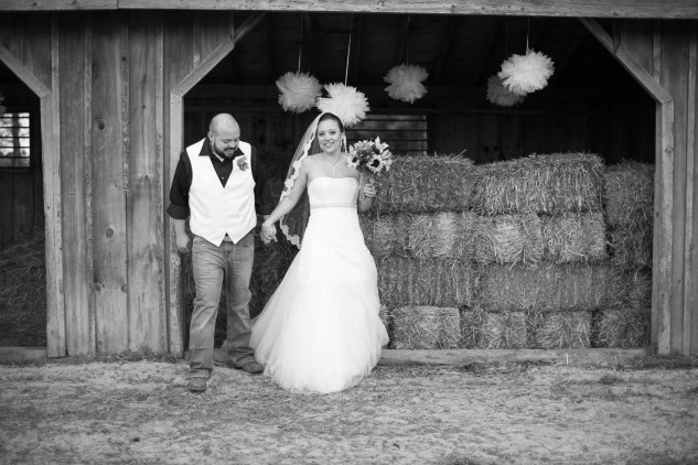 virginia-southern-fall-farm-wedding-photo-97