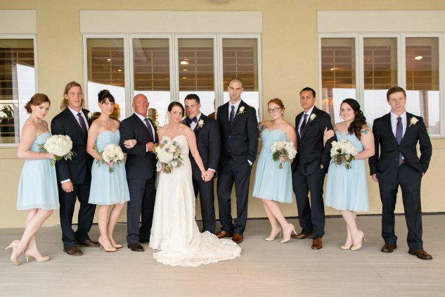 blue-coastal-virginia-beach-lesner-inn-wedding-photo-42
