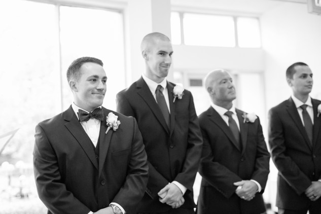 blue-coastal-virginia-beach-lesner-inn-wedding-photo-56