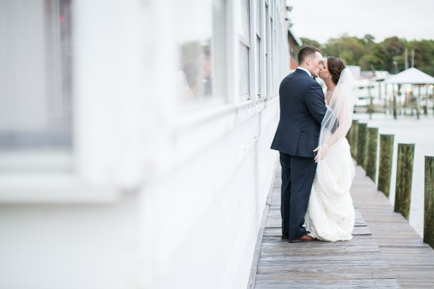 blue-coastal-virginia-beach-lesner-inn-wedding-photo-72