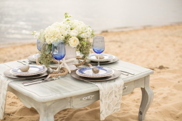 north-carolina-outer-banks-nags-head-blue-coastal-wedding-shoot-24