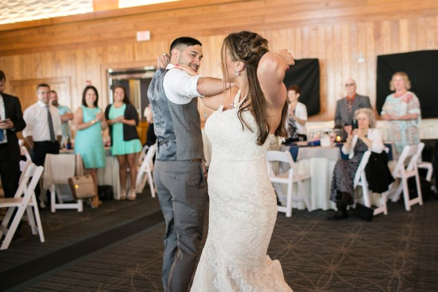 jennettes-pier-nags-head-obx-outer-banks-wedding-photo-amanda-hedgepeth-104