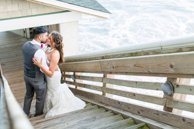 jennettes-pier-nags-head-obx-outer-banks-wedding-photo-amanda-hedgepeth-141